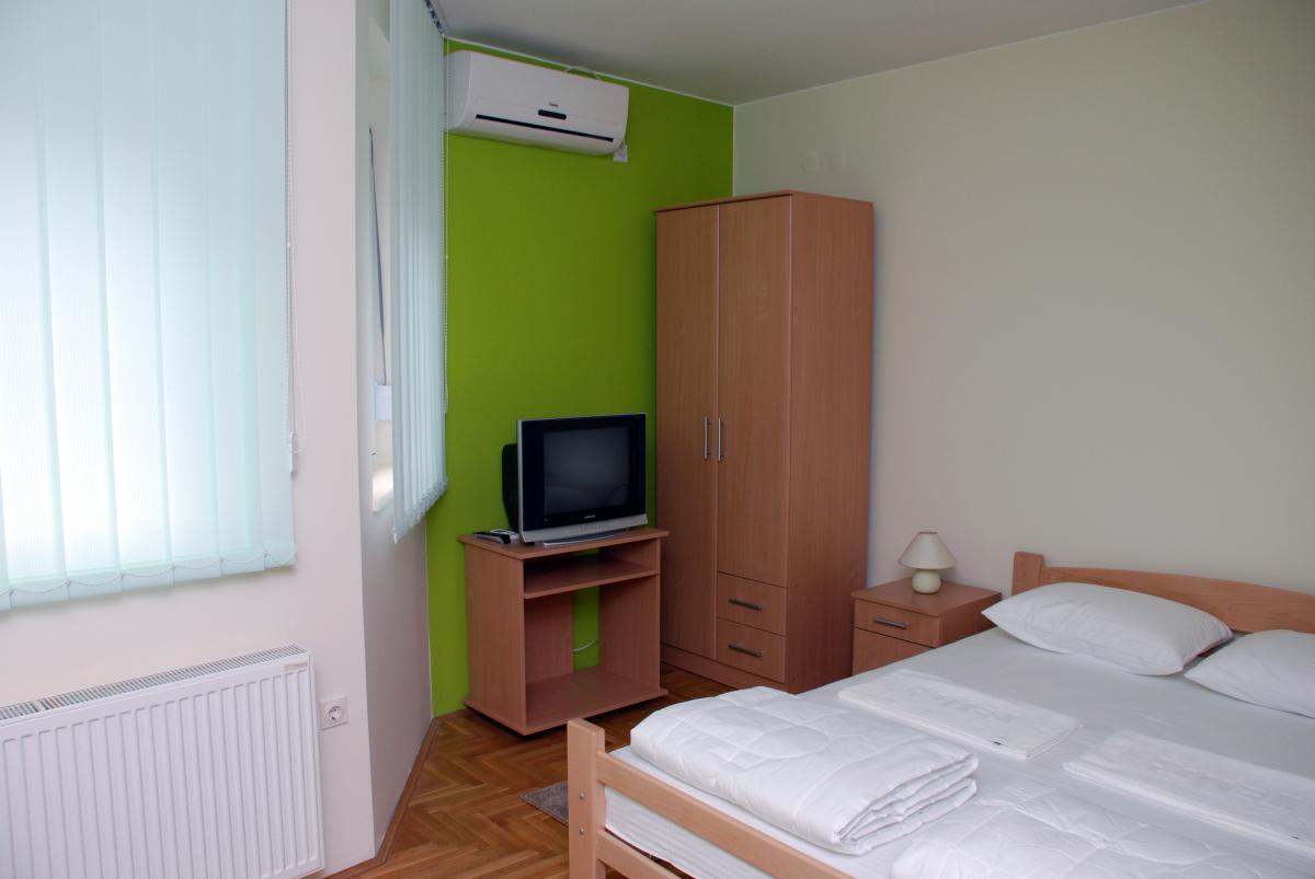 Hostel Frenky