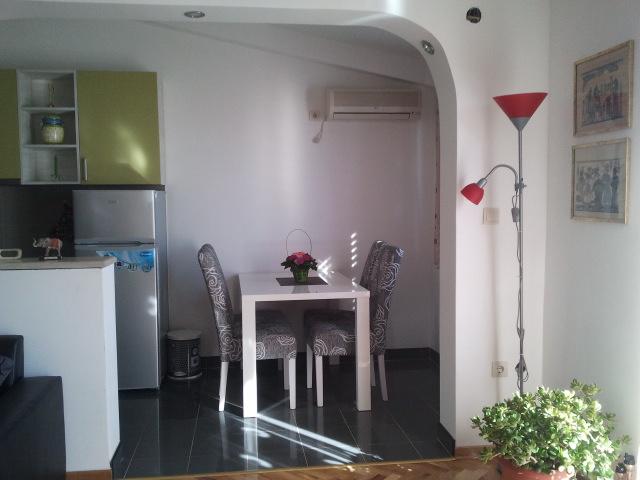 Villa Maša, Lux 1