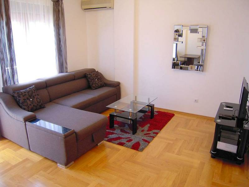 Podgorica renta stan na dan, prenociste, kraci naj