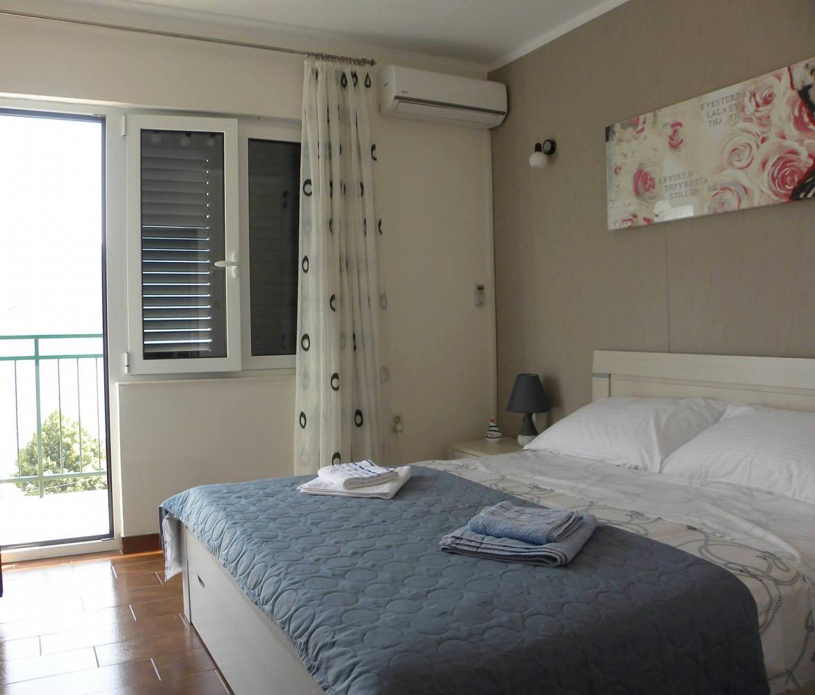 Dvosobni apartman - Strp, Risan