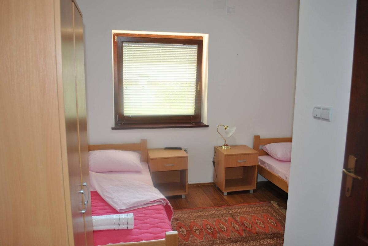 Hostel AMD Kladovo sobea sa kupatilom