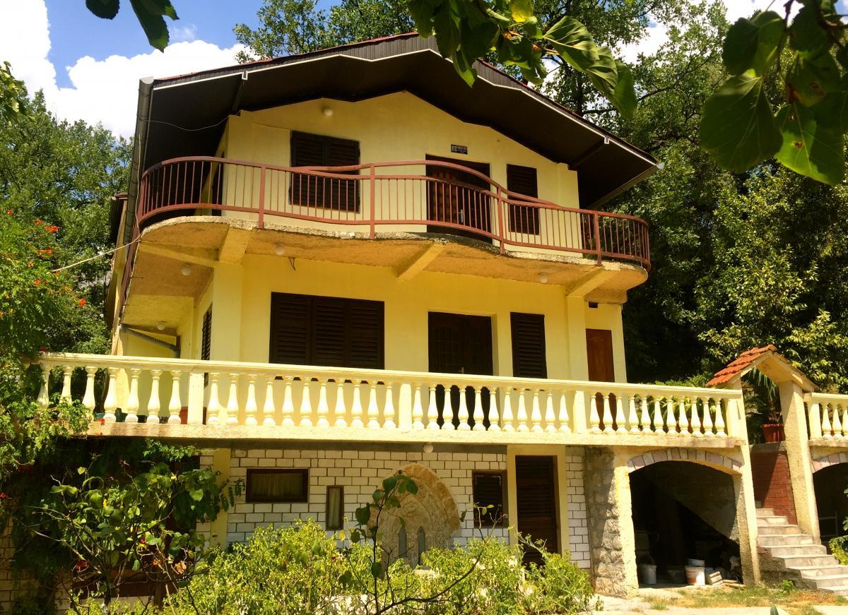 Villa Luna Risan