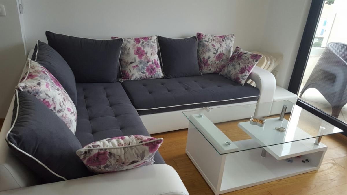 De Lux Apartman Sara