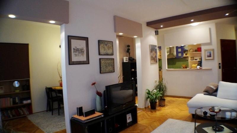 Moderan stan u centru