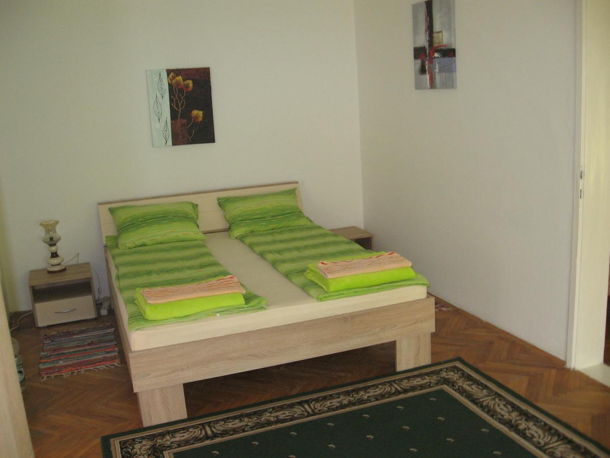 Green apartman