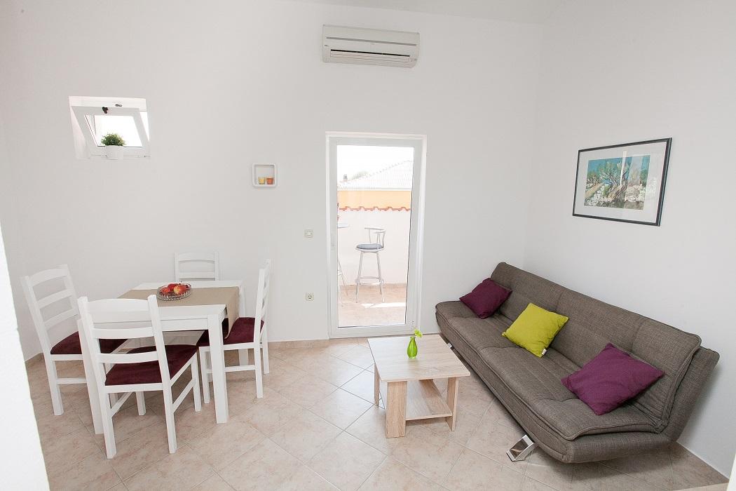 Apartmani Budija Viola 1&2