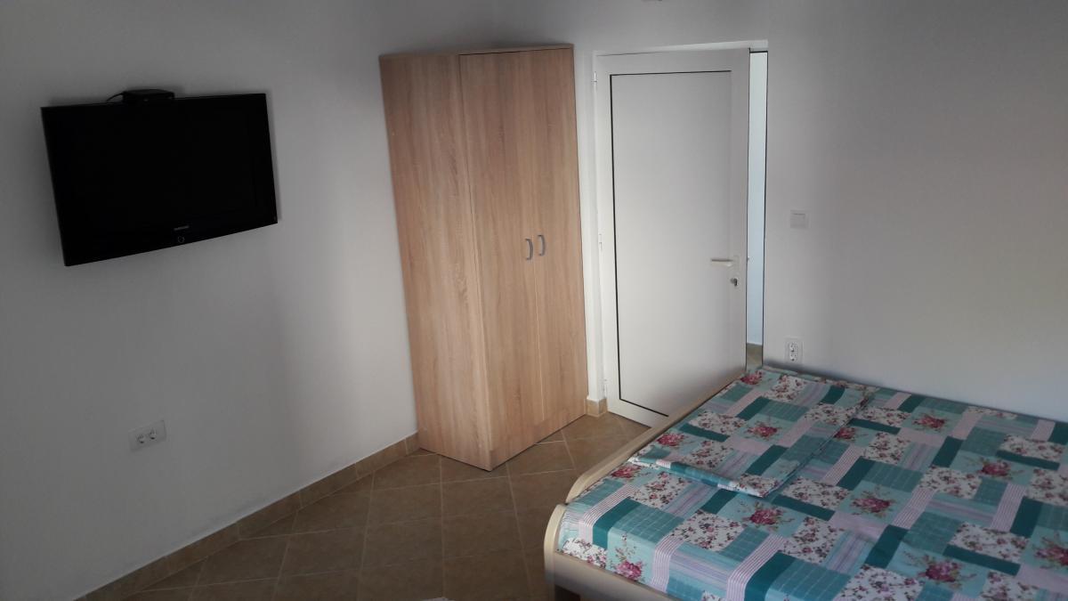 Apartmani i sobe kod Miloša
