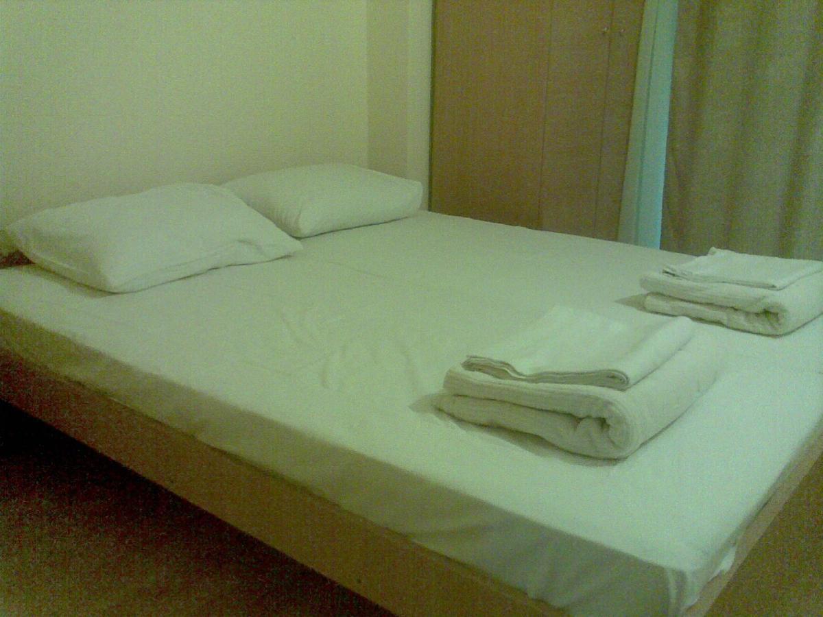 Apartmani i sobe, Petrovac.