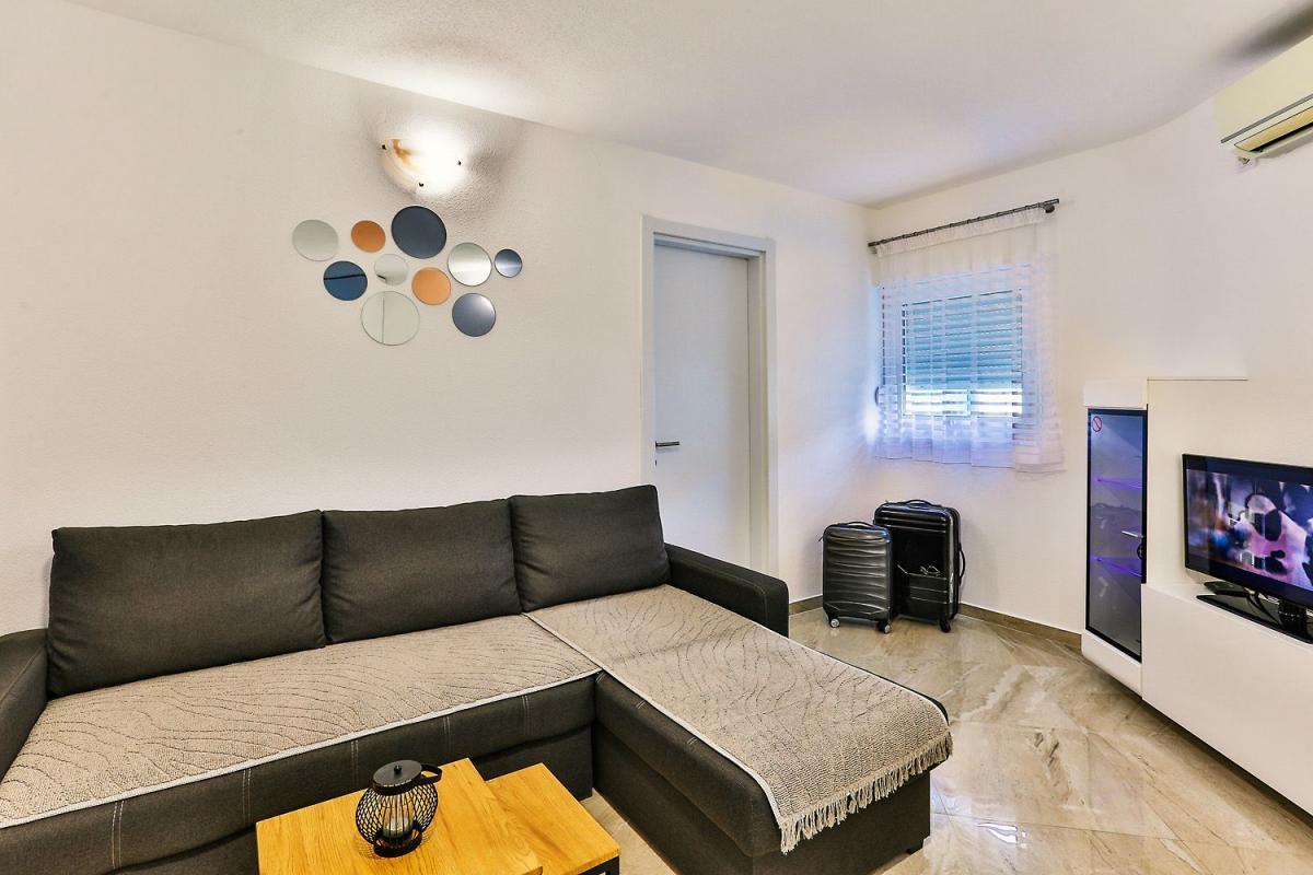 Apartman Zara Budva